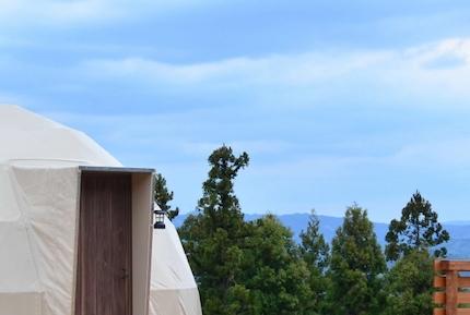 杓子山ゲートウェイキャンプは広いドームテントで夜景が素晴らしい!